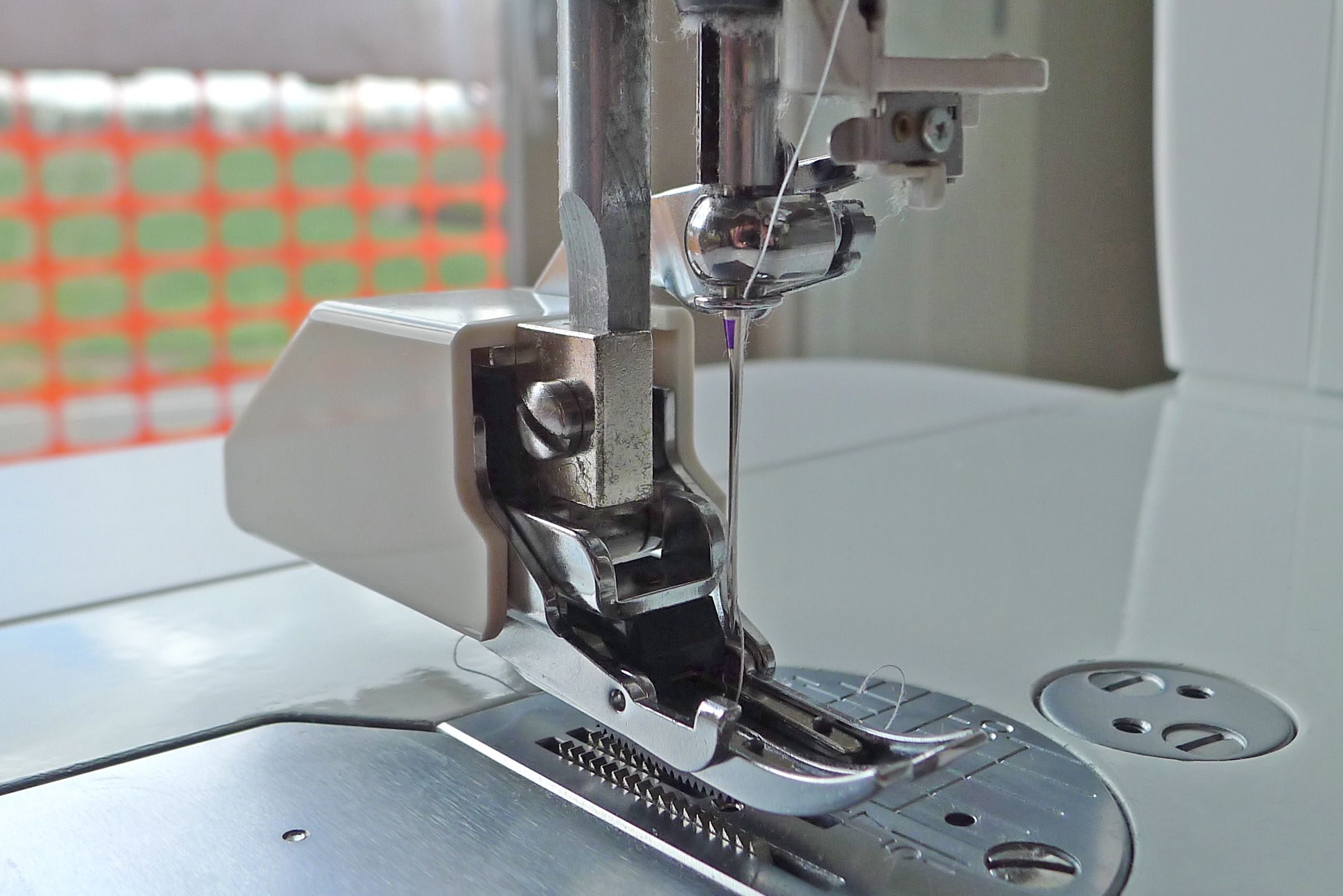 how to machine quilt without a walking foot