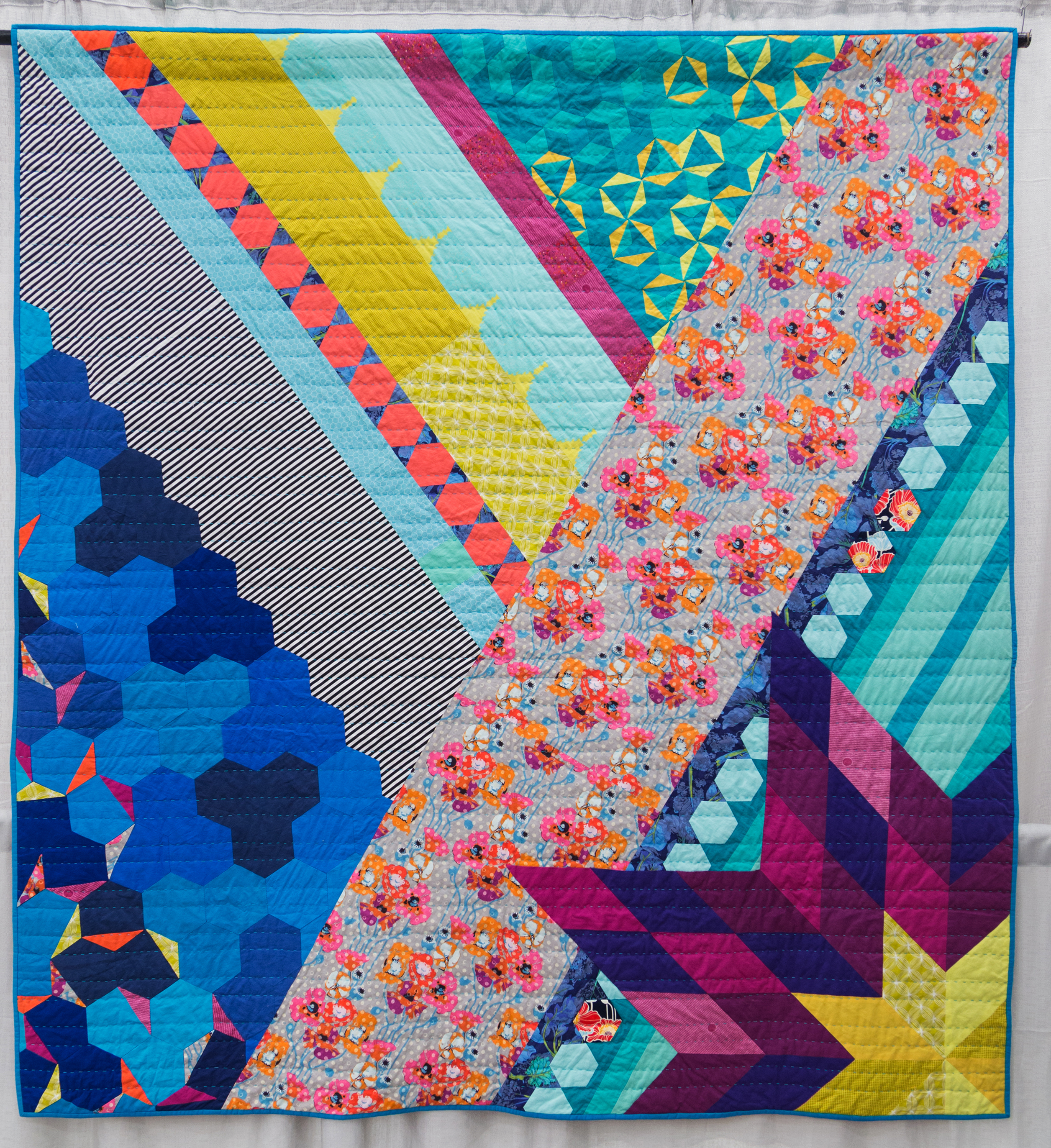 Congratulations to our 2015 QuiltCon Winners! – The Modern Quilt Guild : images of modern quilts - Adamdwight.com